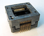 Sensata 678-2364211-001 open top, 36 pin SSOP test socket.
